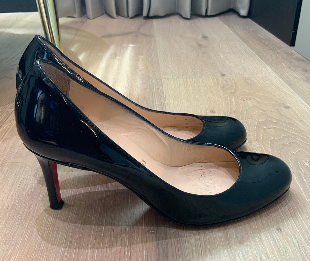 CHRISTIAN LOUBOUTIN PATENT LEATHER PUMPS SIZE 36