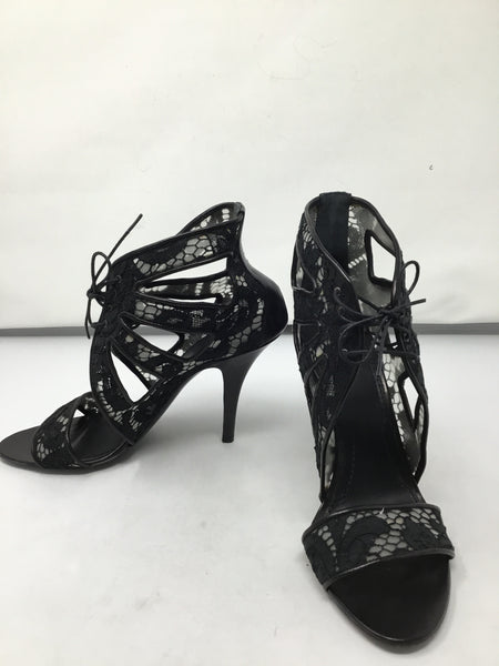 GIVENCHY LACE CABE SANDALS SIZE 37