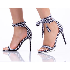Carmen Gingham Sandals 🖤  (FINAL SALE‼️)