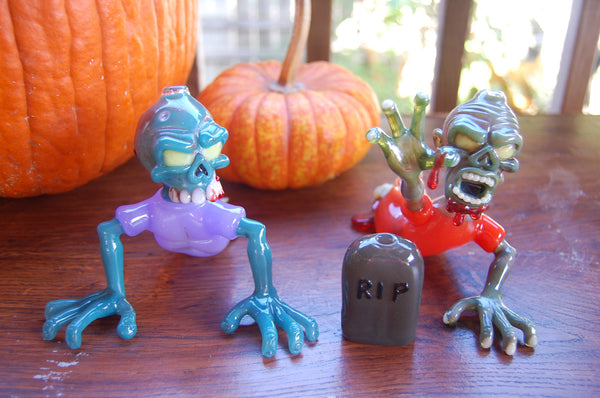 Zombie Oil Rigs By Jeff Smart Glass halloween pipes