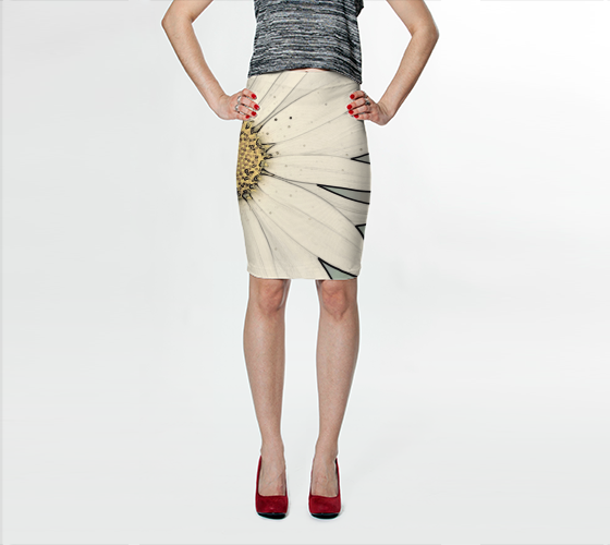 White Hippie Daisy Fitted Skirt - Tru-Artwear.ca