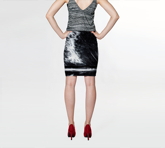 BNW Feather Fitted Skirt - Tru-Artwear.ca