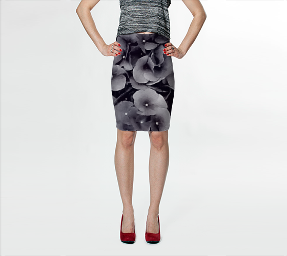 Black Hydrangea Fitted Skirt - Trū Canadian ArtWear by Nadia Bonello