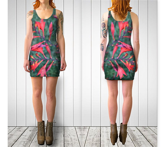 Red Trumpet Vine Fitted Dress - Tru-Artwear.ca