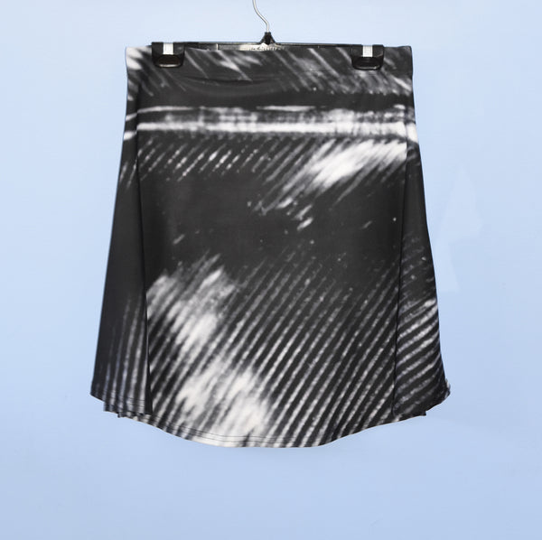 BNW Feather Flare Skirt* - Tru-Artwear.ca
