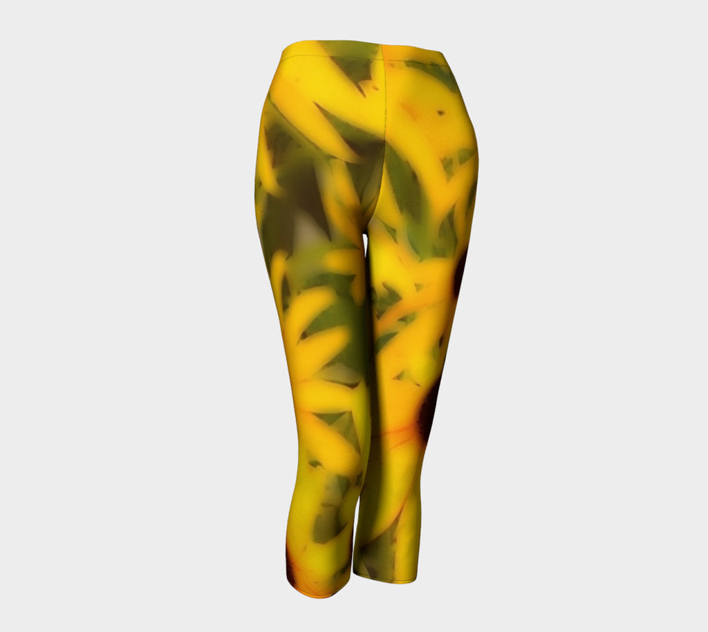 Garden of Black-Eyed Susans Capris - Tru-Artwear.ca