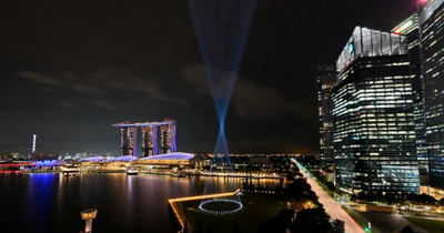 Shine a Light Illuminates the Marina Bay Skyline Nightly Throughout December