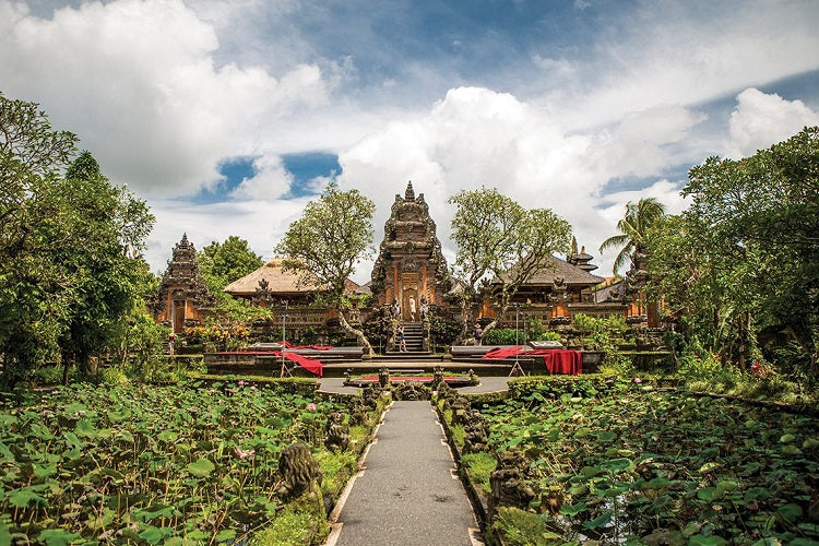 6 Short Family-Friendly Getaways from Singapore - Bali Pura Taman Saraswati Temple