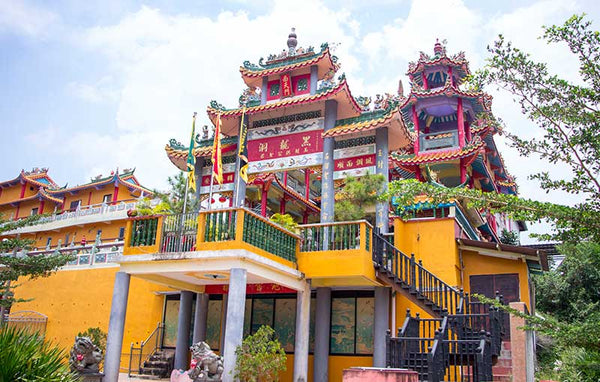 10 Family-Friendly Attractions to Visit in Johor  - Black Dragon Cave Temple