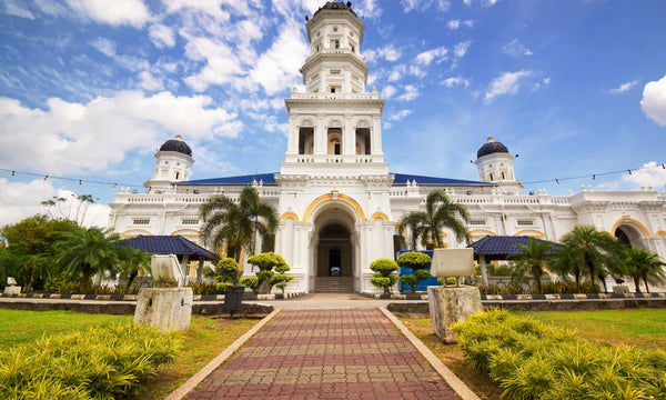5 Towns and Districts to Visit with Your Kids in Johor  - Johor Bahru Sultan Abu Bakar Mosque