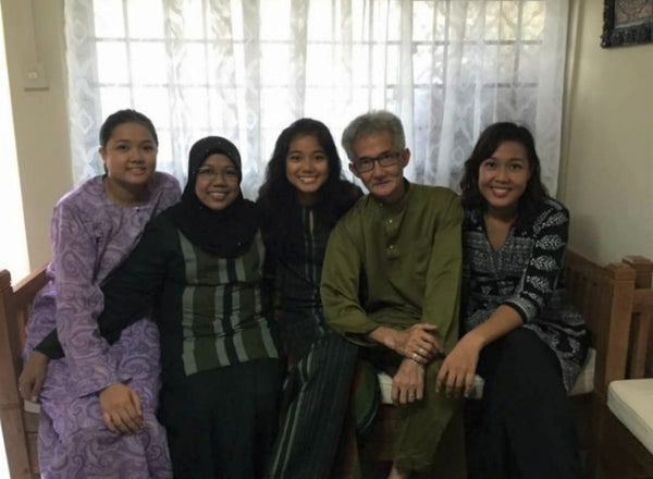 Foster Care Week Feature: Giving Unconditional Love for Vulnerable Children - Mdm Asiah and her family