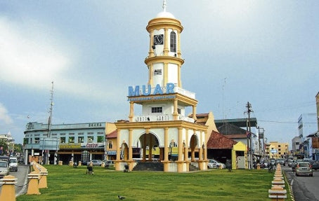 5 Towns and Districts to Visit with Your Kids in Johor  - Muar Clocktower