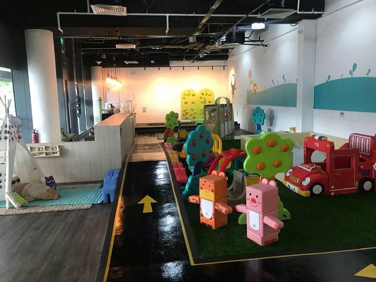 The Petite Park Indoor Playground