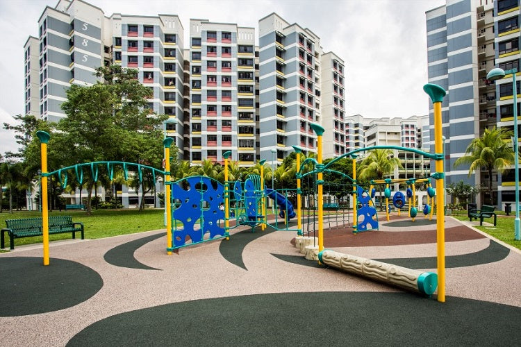 Free Outdoor Playgrounds in the North - Woodlands Drive 16