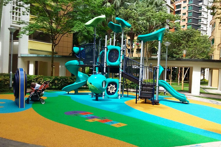 Free Outdoor Playgrounds in the North - Woodlands Drive 75