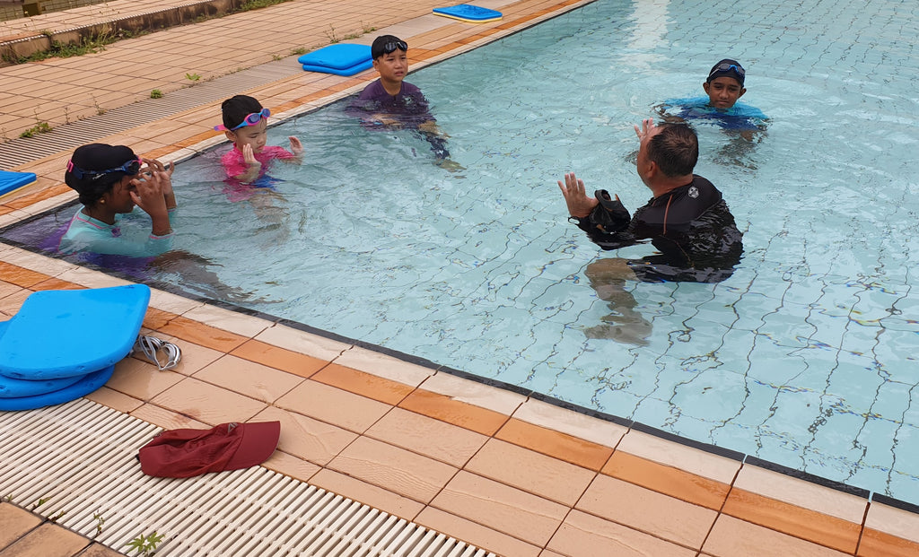 Alphaswim: 2 Kids Swim Classes @ $10 | Sembawang