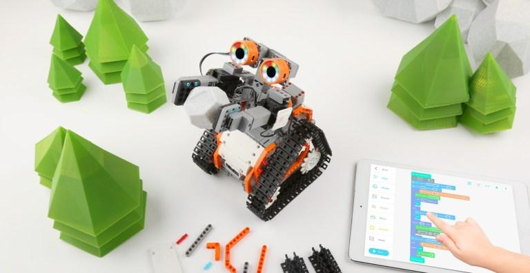 Free Introductory Robotics Workshops With Purchase / Rental of Astrobot