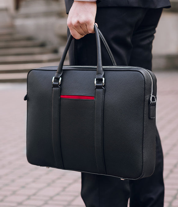 Maverick & Co. Black Manhattan Leather Briefcase