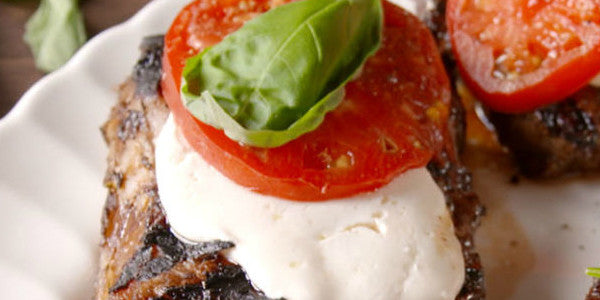 Wonderfully easy Caprese Halal Steak