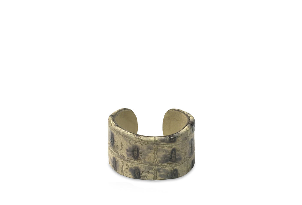LEATHER CUFF- Perfect Pewter