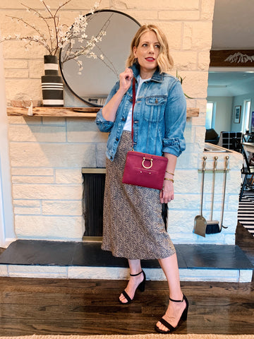 Sapahn leather M Mini Crossbody is great for date night as a crossbody or clutch.