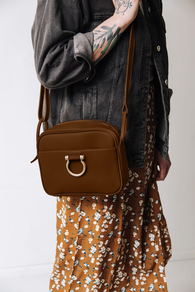 Urban-boho example of 2020 Fall/Winter Color Chocolate Brown