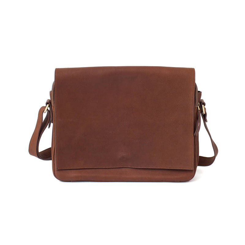 Ford messenger brown walnut raw leather unisex bag in has a minimal, classic style.