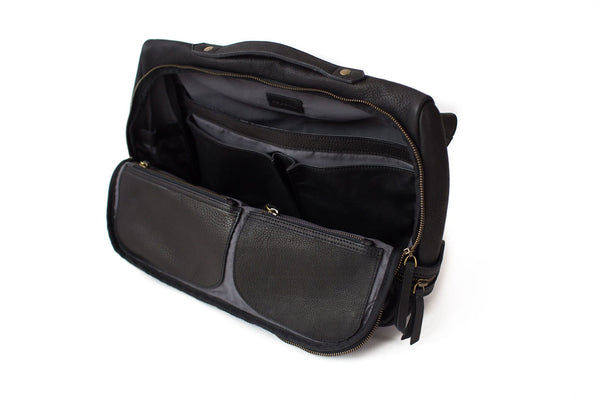 Rapinoe Leather Messenger Handbag