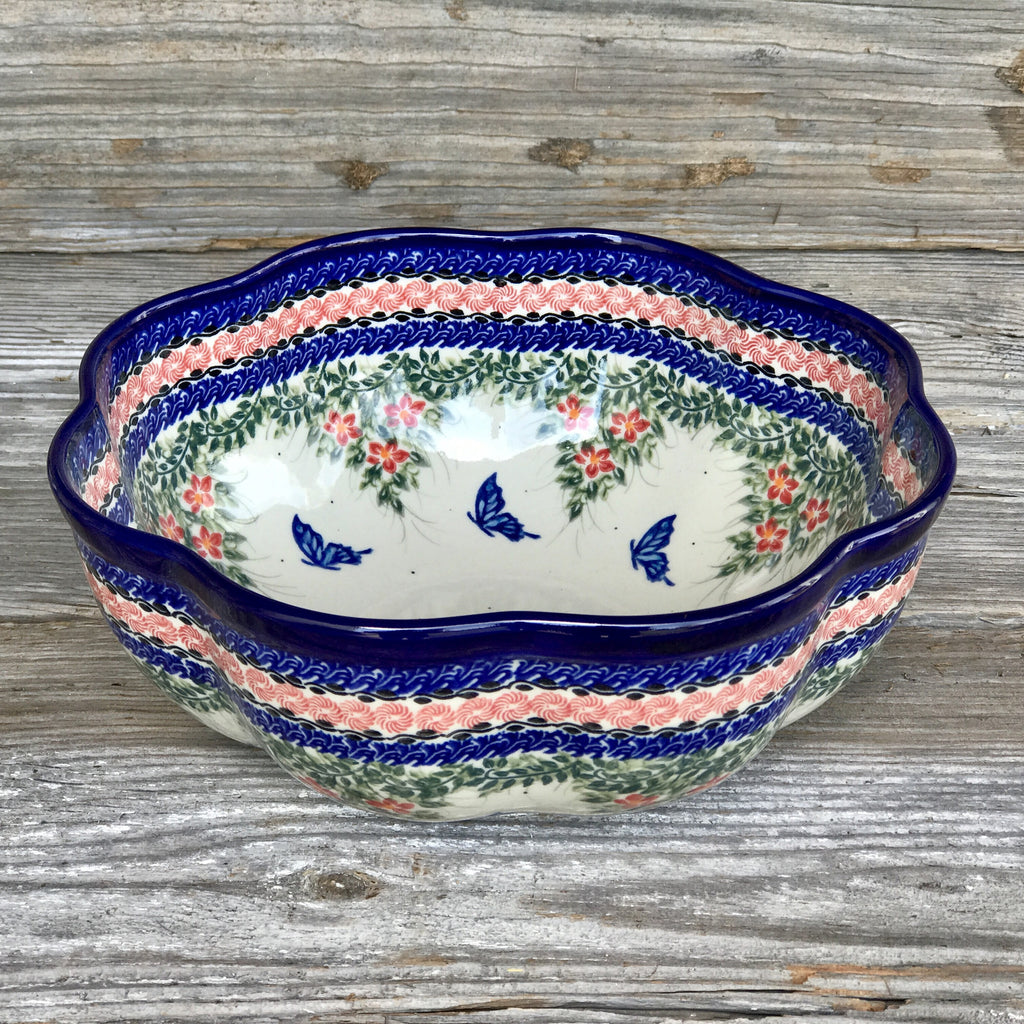 Kalich Unikat Large Scalloped Bowl