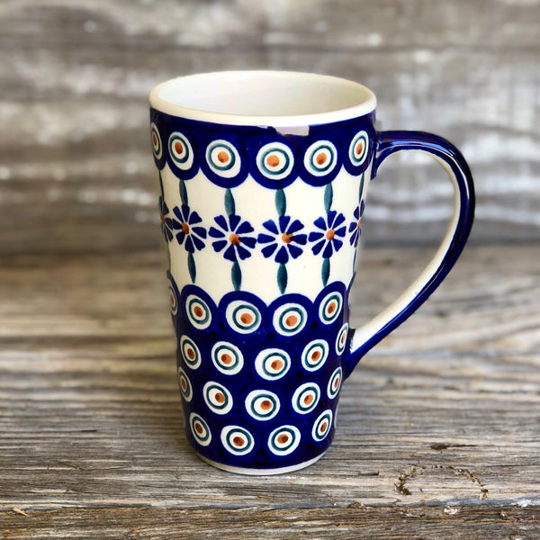 Tall Mug with Handle Manufaktura