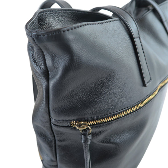 Zilla Italian Leather Tote in Black - exclusively at LUCA Boutique - close up (2483111493717)