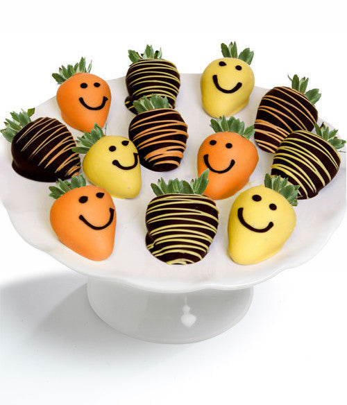 Smile Chocolate Covered Strawberries - Chocolate Covered Company®