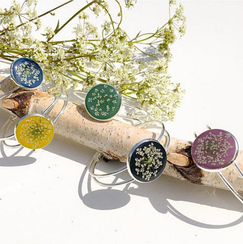 Lumii Home - Pretty Pressed Flower Resin Bangle Bracelets