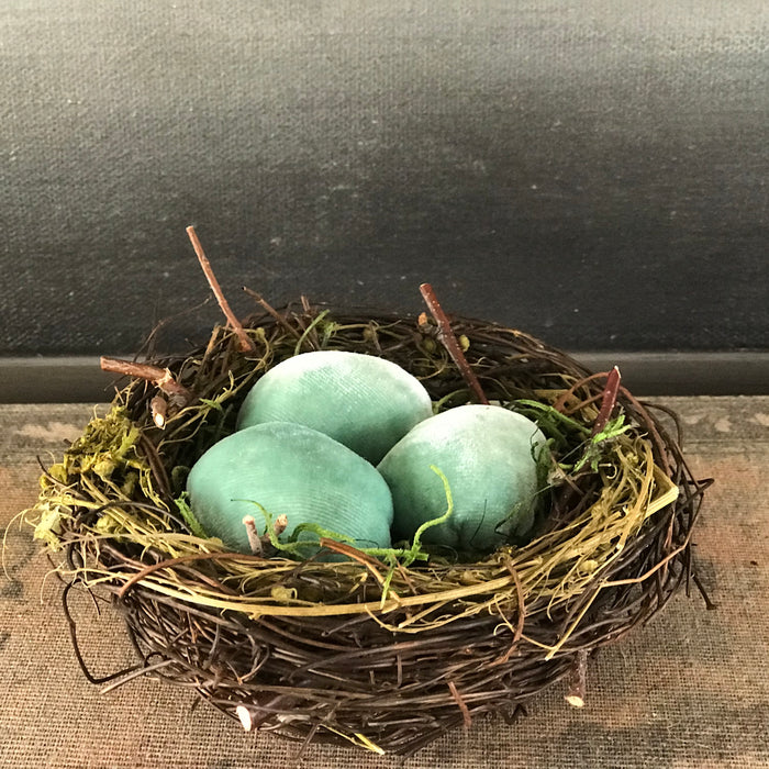 Spring Nest with three eggs