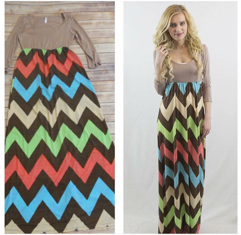 SALE!! Fallin For you Maxi Dress