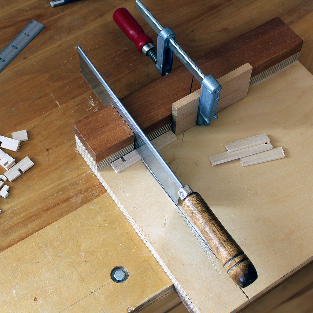 bench hook to saw kumiko components