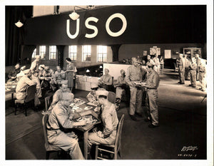 WWII Railroad Union Station Chicago PRR Military Servicemen's USO Lounge Photo