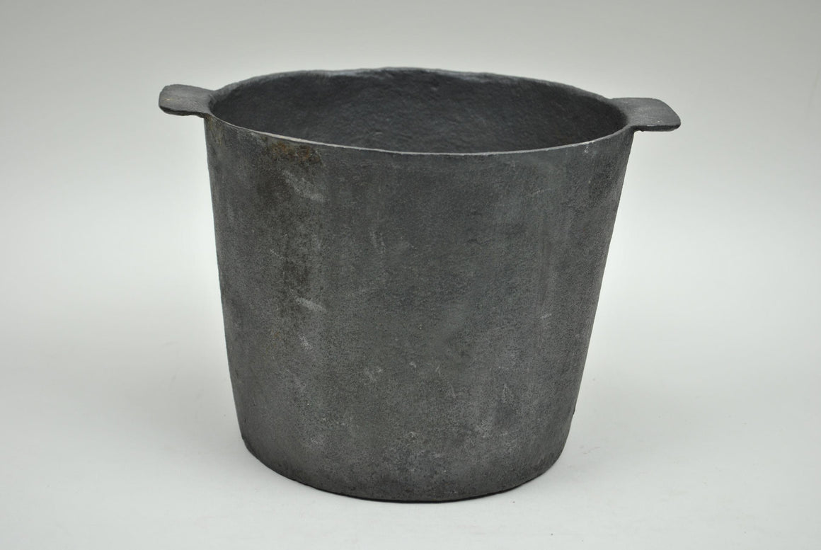 Hand Smithed Or Cast Iron Pot
