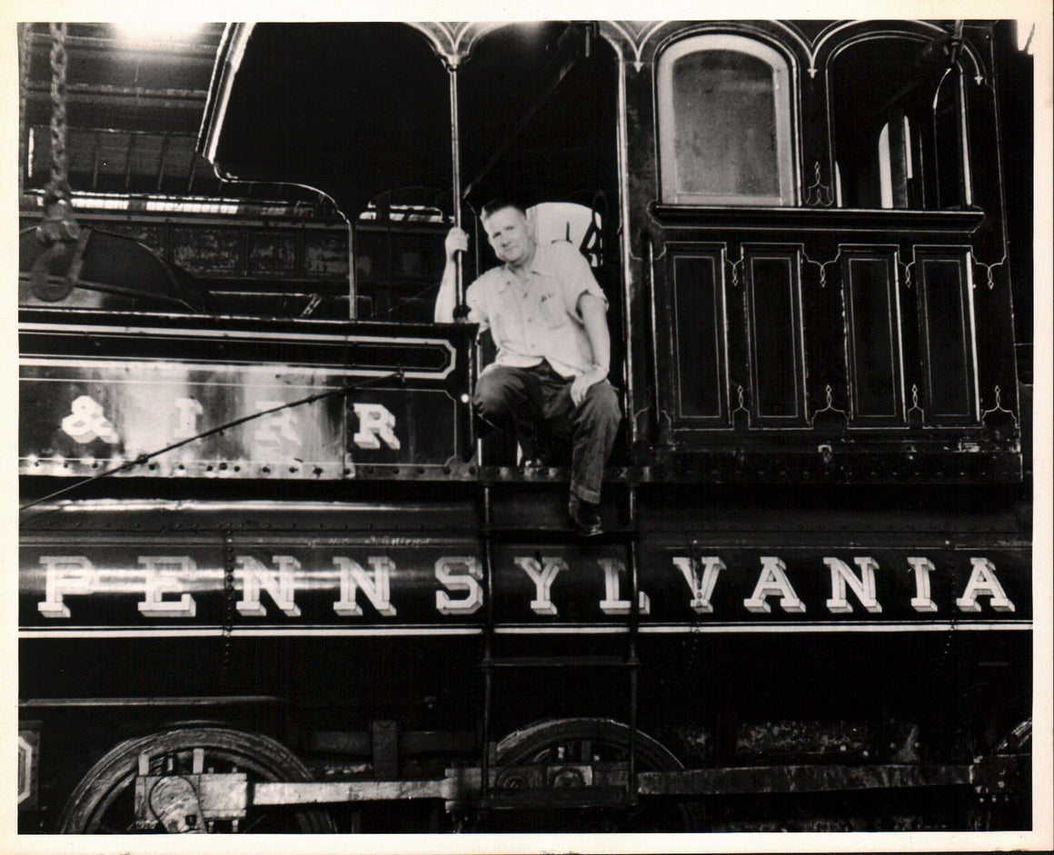 Pennsylvania Railroad Conductor Engine Photo by Skean 1953