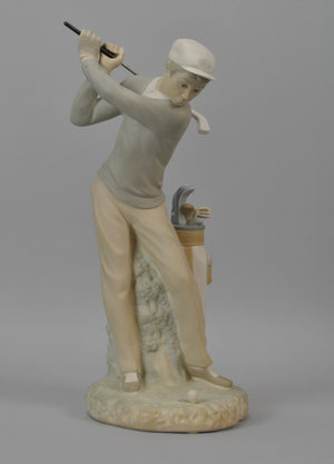 Lladro #4824 Male Golfer Golf Player Matte Finish Figurine