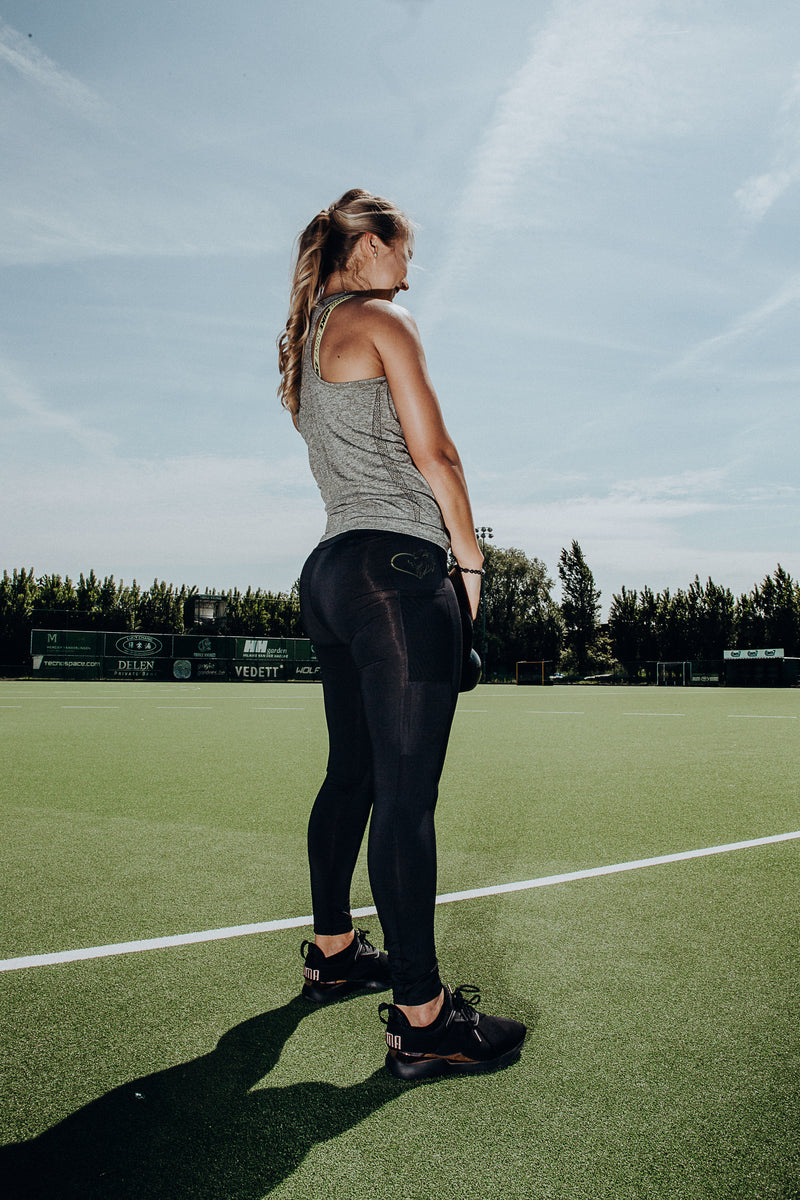 Lioness performance compression leggings