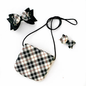 Winter Plaid Tote & Snaps