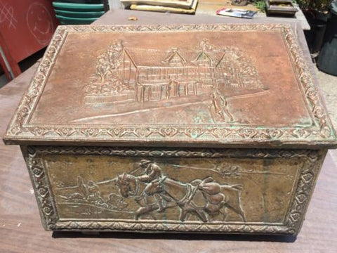 Antique BRASS Repousse Tudor Highway Pack Horse KINDLING Log Hearth BOX Chest