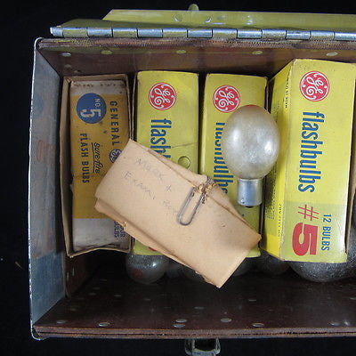 Vintage NEW Plastic Corp LA Fiberglass Handmade Case Full Of Flash Bulbs + MORE