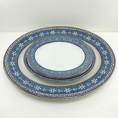"4 C.T. MALING MALTESE Antique CETEM WARE PLATTERS 10"" 11"" 18"" Snowflakes LOT Set"