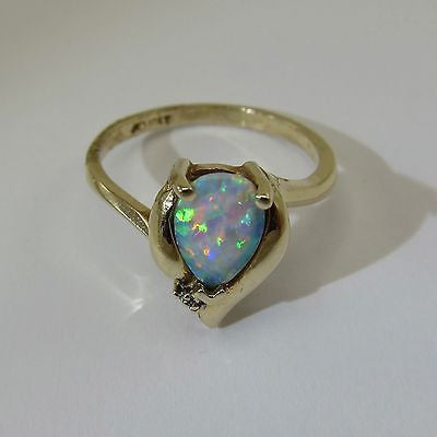 SYNTHETIC PEAR CUT OPAL RING Size 7-3/4 10K YELLOW GOLD 2.95 Grams + DIAMOND