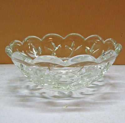 ART Deco LEADED Pattern GLASS Fruit DISPLAY Bowl VINES