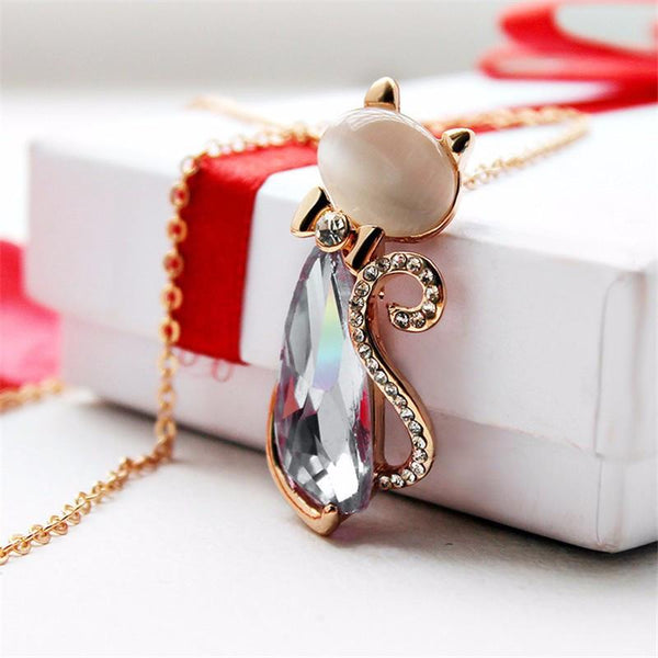 FREE Giveaway 18K Gold Plated Rhinestone Cat Necklace.