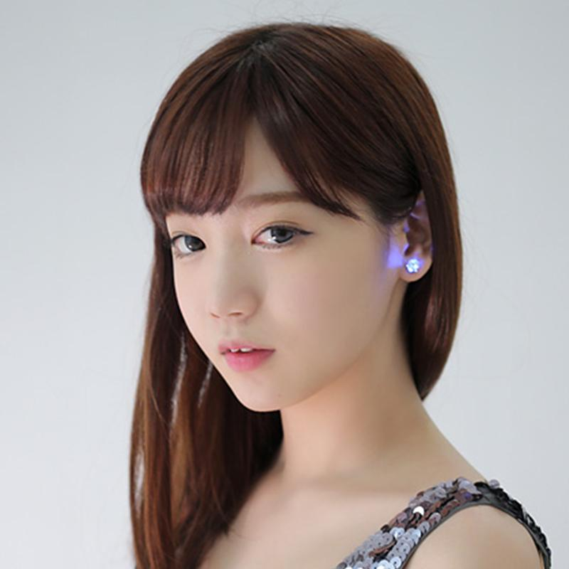 2PCS LED STAINLESS STEEL STUD EARRINGS