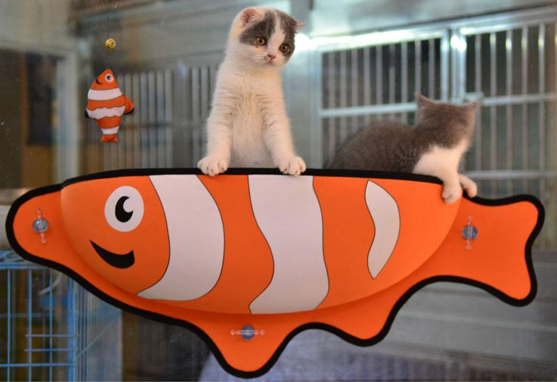 ADORABLE FISH CAT HAMMOCK WINDOW BED